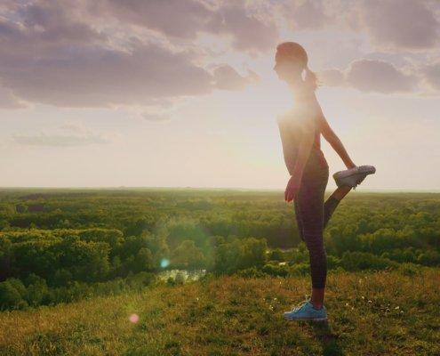 runner-stretching